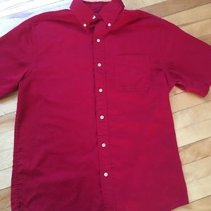 Chaps short sleeve button down size Medium red